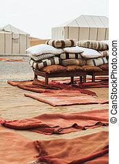 不同, 地毯, glamping, 枕頭, 很多, 堆, 摩洛哥, 地毯, 營房, 紅色
