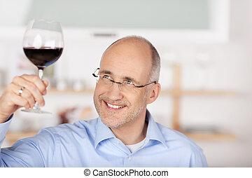 人, 紅的酒