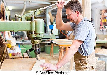 使用, 木工工作, 電鑽, 木匠
