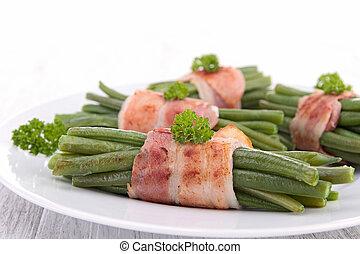 包裹, 綠色的豆子, 咸肉