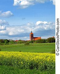 城堡, 老教堂