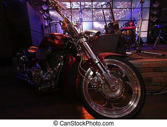 夜晚, 酒吧發生地點, 摩托車