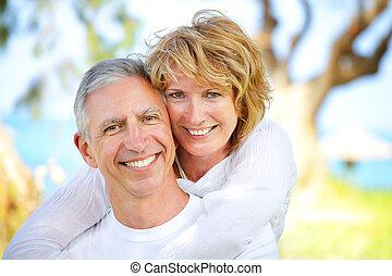 夫婦, 微笑, 成熟