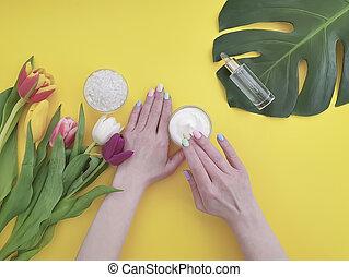 奶油, 上色, 化妝品, 黃色, 紙, 手