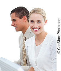 她, 肖像, 白膚金發碧眼的人, 同事, 事務, 工作, 婦女