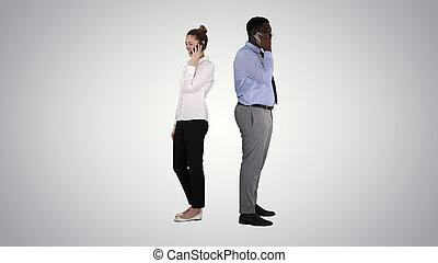 婦女, 年輕, 站立, makin, 背, 美國人, 人, african