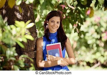 婦女, 序列, 學生, 樹, 學校, 公園, 年輕, 教科書, 學院, 傾斜, 肖像, 微笑高興