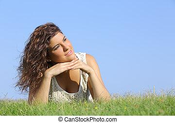婦女, 草, 肖像, 躺, 美麗