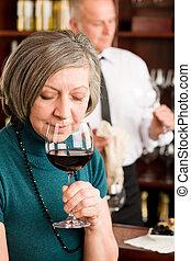 婦女, 酒吧, 味覺, 玻璃, 年長者, 酒