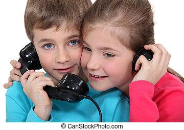 孩子, 電話