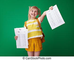 學校, 等級, 顯示, 以後, 好极了!, 測試, 失敗, 女孩, 一些
