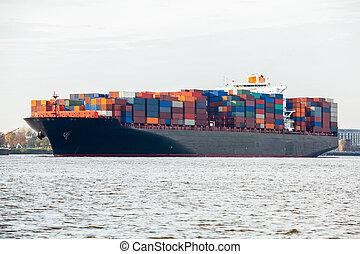 完全地, 船容器, 港口, 裝載