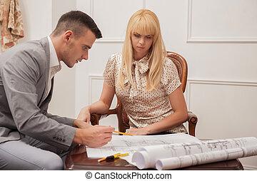 客戶, 地面, 漂亮, 計劃, 討論, 建築師, sitt, 年輕