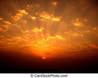 富有色彩的日出