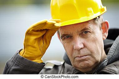 專業人員, 建設