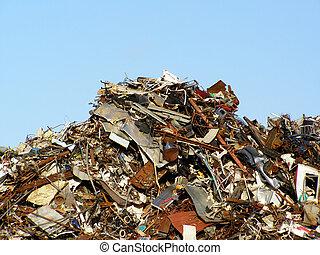 小山, 垃圾