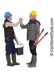 工人, 手冊, 女性的手, 男性, 振動