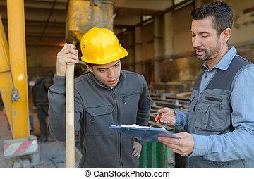 工程師, 討論, 在上方, 剪貼板, 站點, 建設