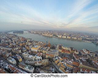布達佩斯, 空中的觀點