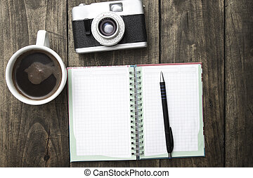平鍋, 杯子, pf, 照像機, 咖啡, 葡萄酒, 日記