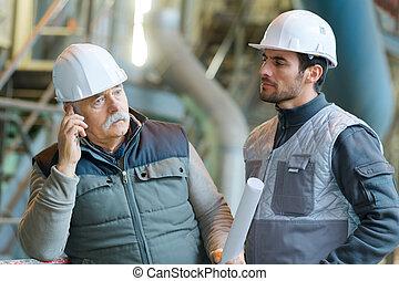 建造工作, 站點, 工程師