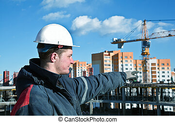 建造者, 工人