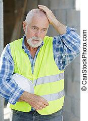 建造者, 工程師, 站點, 建設