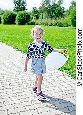 微笑的 女孩, 很少, balloon, park.