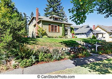房子, 美國人, 綠色, 工匠, 小, exterior.