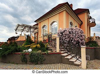 房子, 院子