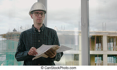 房間, 前面, 看, 建設, 工程師, 藍圖, him.