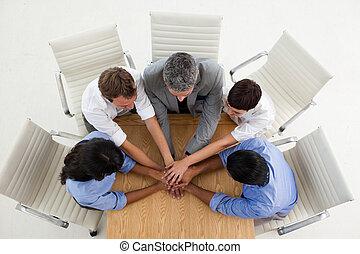 手, 人 事務, 一起, 多少數民族成員