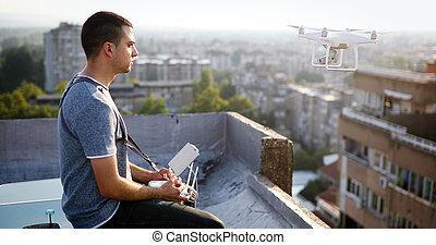 控制, 屋頂, 技師, 年輕, 飛行, uav, 雄峰, 遙遠