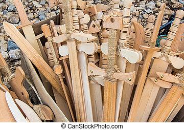 木制的玩具, 劍