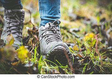 森林, 鞋子