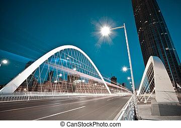 橋梁, 光, 大梁, 汽車, 弧, 高速公路, 夜晚, 形跡, 城市, 風景