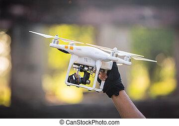檢查, battery., 手, 雄峰, 藏品, 直升飛机, 男性