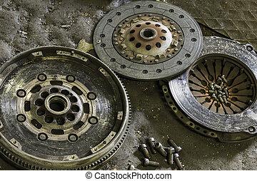 汽車, 組成部份, 离合器