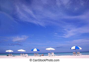 海灘, 陽傘