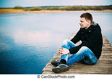 漂亮, 年輕, 木制, 坐, 人, 碼頭, 認為, 放松