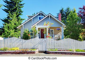 漂亮, gates., 柵欄, 房子, 灰色, 小, 白色