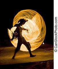 火人, 跳舞