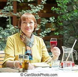 玻璃酒, 餐館, 婦女