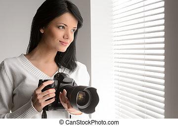 美麗的婦女, 她, 攝影, 仔看, 窗口, 照像機, 透過, 藏品, 肖像, hobby.