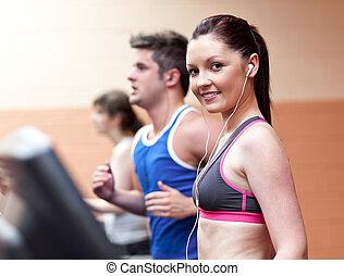 美麗, 中心, 運動員, 機器, 行使, 耳機, 跑, 健身, 年輕