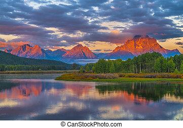 美麗, 山, 日出