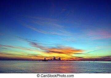 藍色的天空, 日出, 海洋