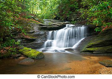 藍色的山, 山脊, 自然, 迷離, 樹, 酒, 岩石, 水, 綠色, 瀑布, 流動, 和平, 運動, 風景