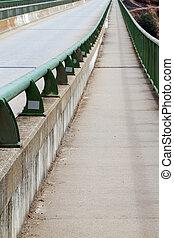 行人橋, 步行