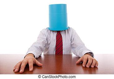 辦公室, 垃圾, hiding;, business;, confusion;, man;, hidden;, head;, 水桶, odd;, service;, tie;, hand;, businessman;, career;, 失敗, stress;, employment;, support;, bizarre;, hired;, funny;, isolated;, protection;